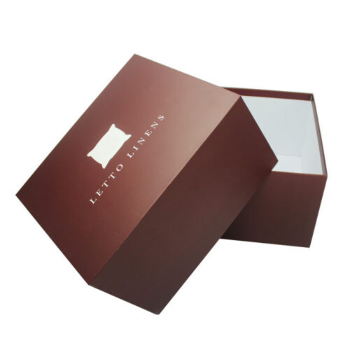 Custom Cosmetic Packaging With Logo