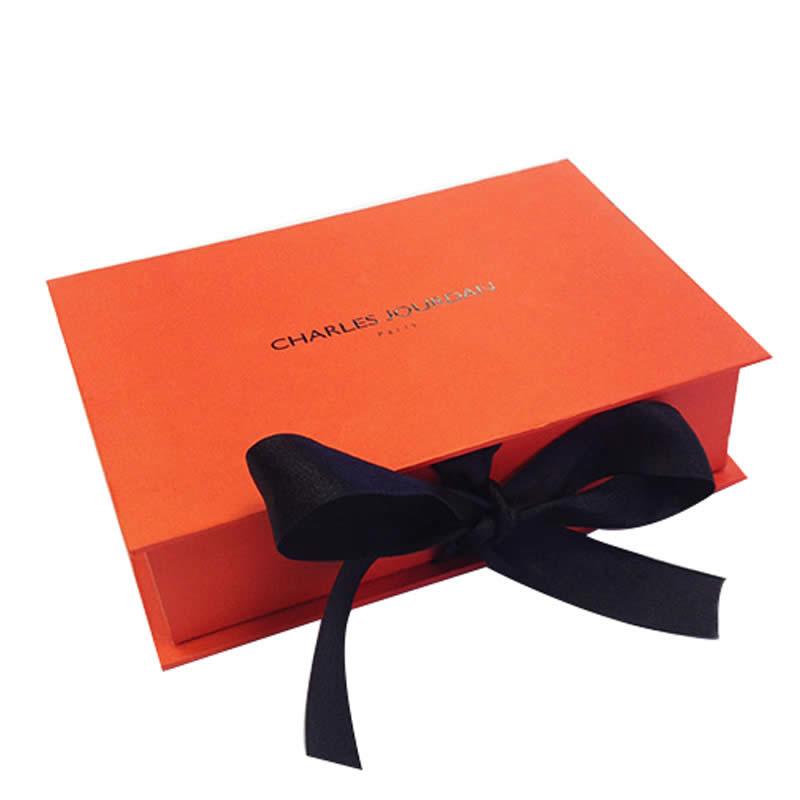 Custom Invitation Packaging